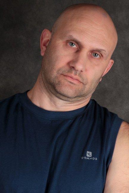 Актер Павел Костик фото