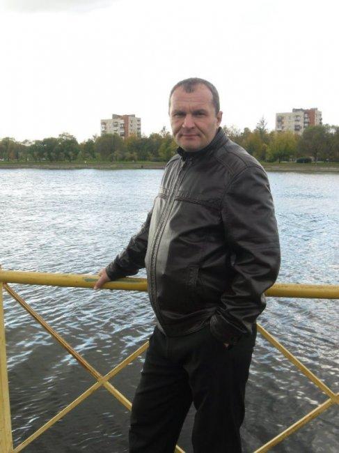 Денис Шленков актеры фото биография