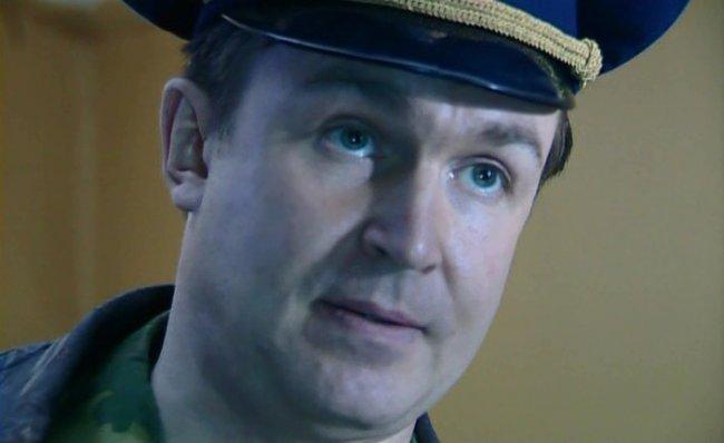 Актер Владислав Фролов фото