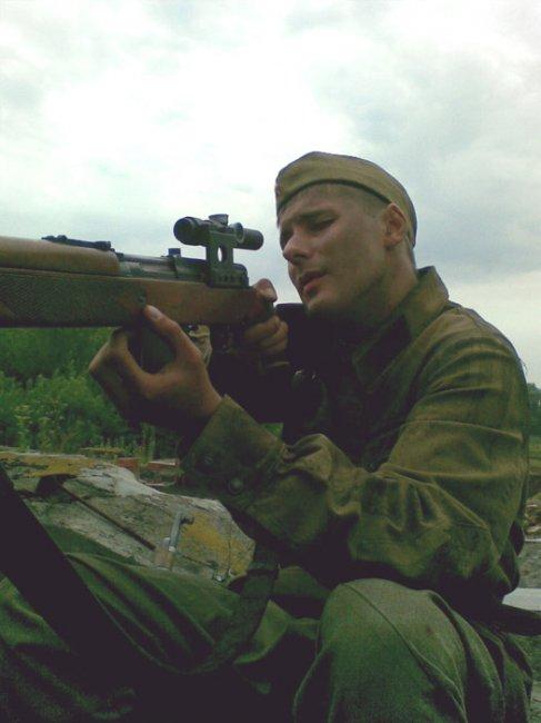 Актер Матвей Шкуратов фото
