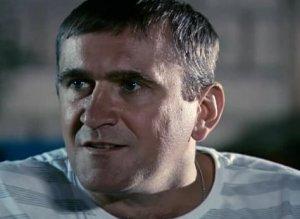 Актер Илья Семёнов фото