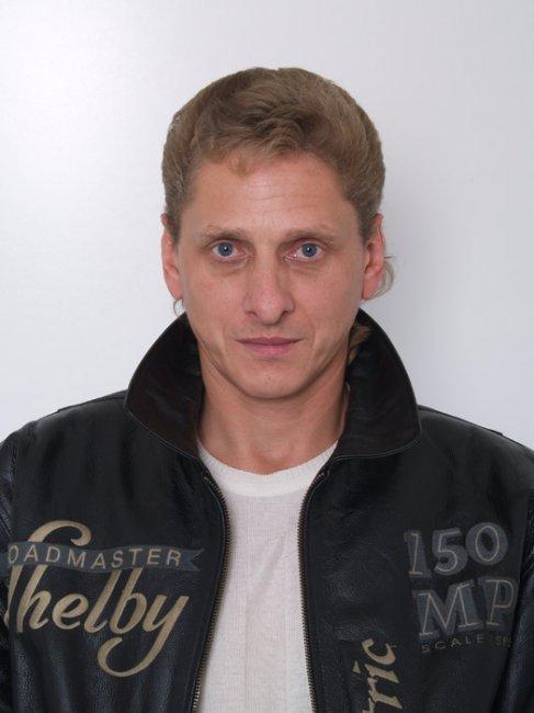 Александр Жуковин актеры фото биография