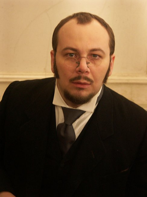 Актер Роман Стабуров фото