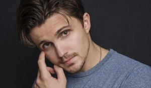 Актер Евгений Шибалко фото
