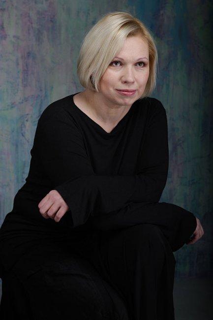 Актер Эмилия Савельева фото