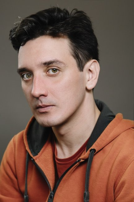 Актер Артур Литвинов фото