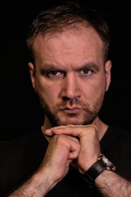 Актер Дмитрий Сарансков фото