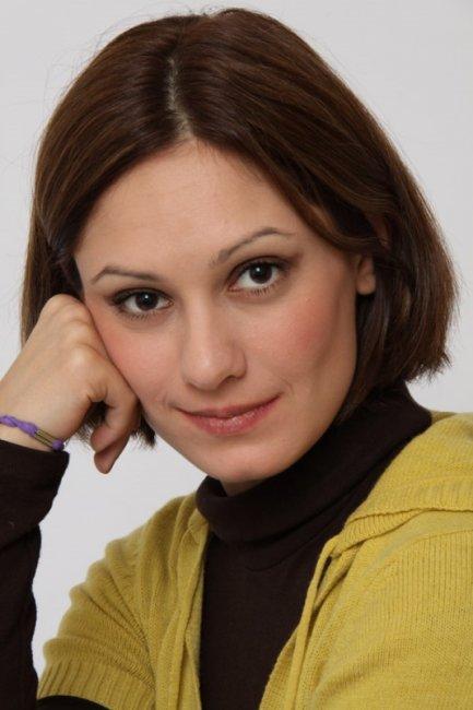 Актер Карина Мишулина фото