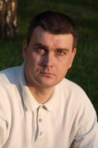 Актер Дмитрий Дёмин фото