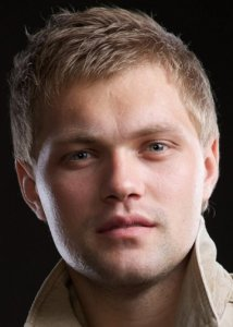 Актер Сергей Батаев фото