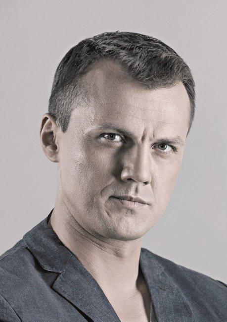 Актер Алексей Зорин фото
