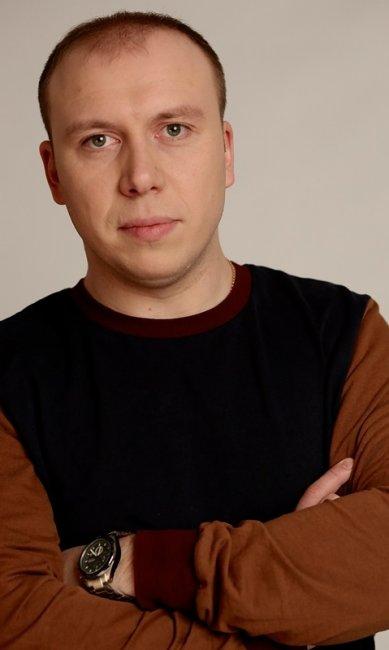 Денис Кутузов актеры фото биография