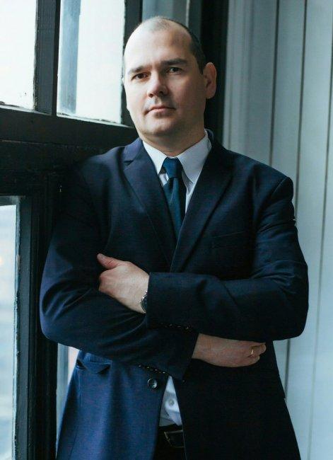 Актер Василь Сулейманов фото
