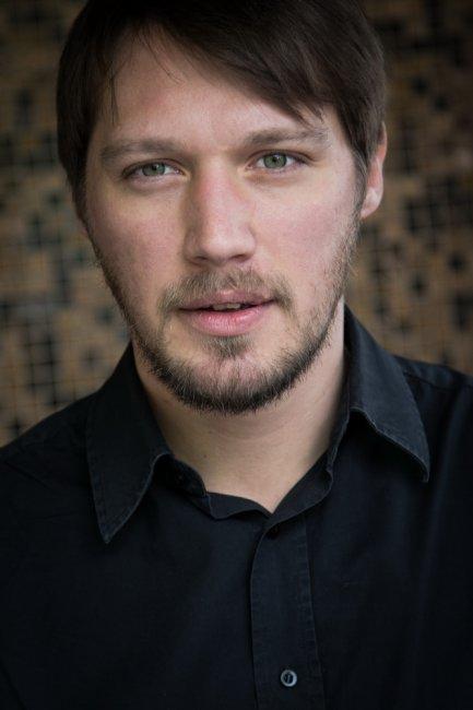 Илья Акинтьев актеры фото биография