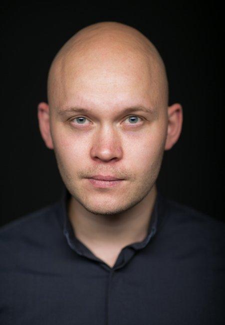 Антон Ксенев фото жизнь актеров