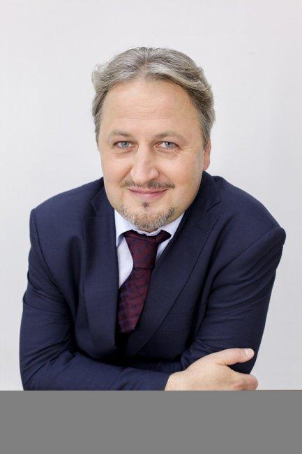 Актер Альберт Бартош фото