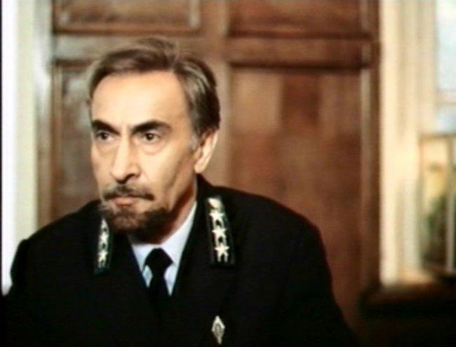 Актер Артем Карапетян фото