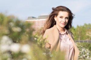 Виктория Ломоносова актеры фото биография