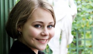Актер Анна Дулова фото