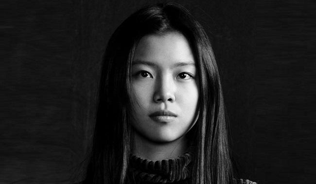 Фото актера Я Цзоу Фэй, биография и фильмография