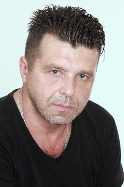 Актер Сергей Новиков фото