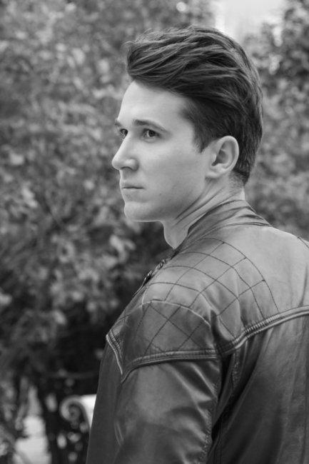 Фото актера Максим Калужских