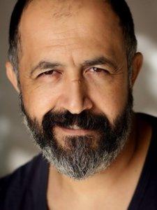 Фото актера Мехмет Озгюр