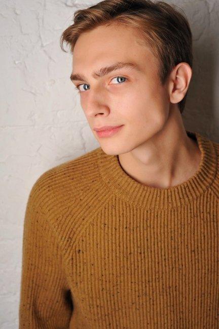 Фото актера Данил Акутин