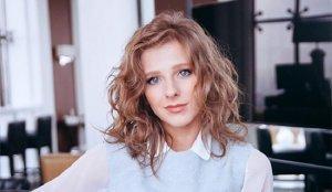 Елизавета Арзамасова фото актера