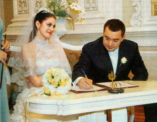 Анна Ковальчук и её муж бизнесмен Олег Капустин