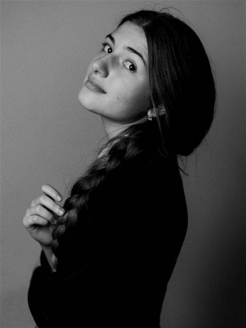 Мария Мельникова (2) актеры фото биография